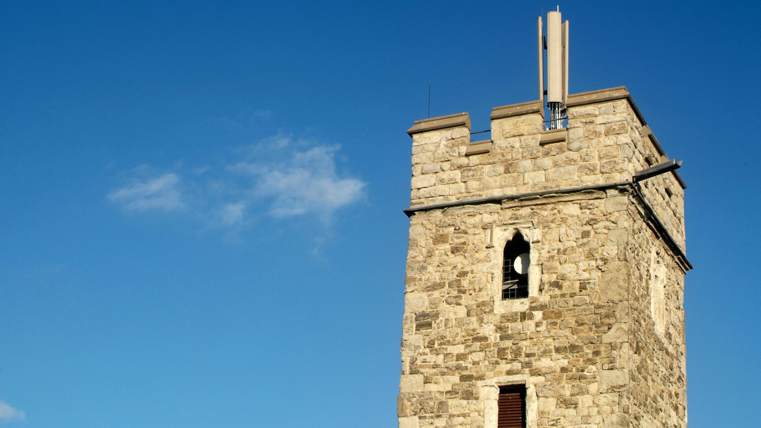 Британские церкви скоро начнут раздавать Wi-Fi?