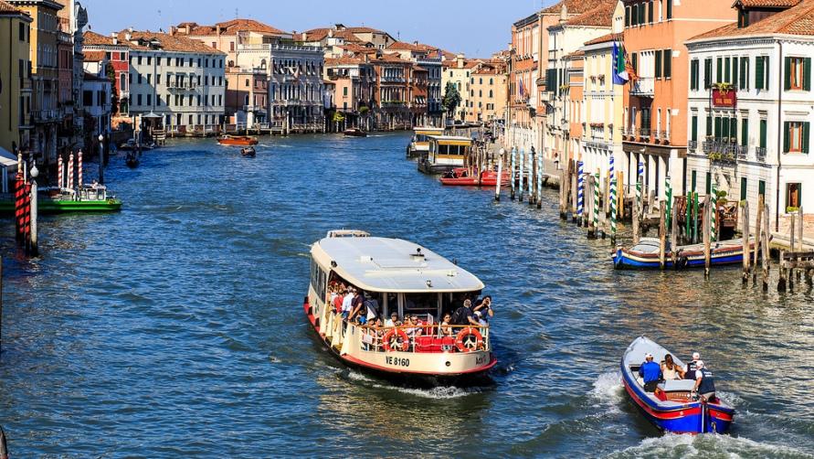 Полезная информация о водных такси Венеции