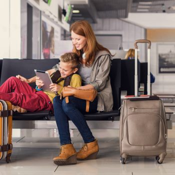 Как «выжить» в аэропорту и сэкономить: полезные советы туристам