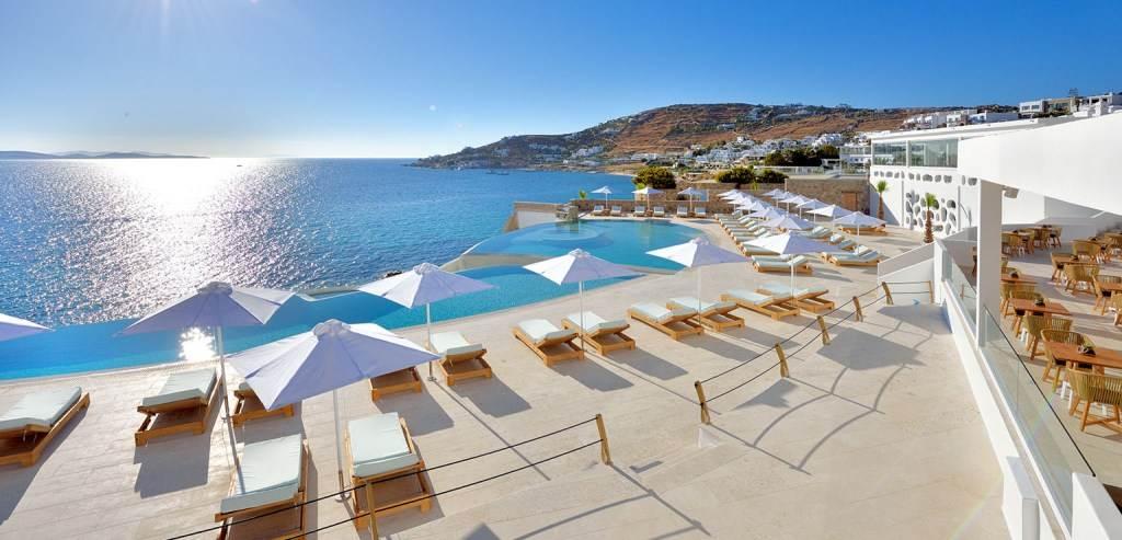 курорт Миконос в июне