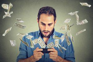 Практичные и простые лайфхаки для экономии в роуминге этим летом