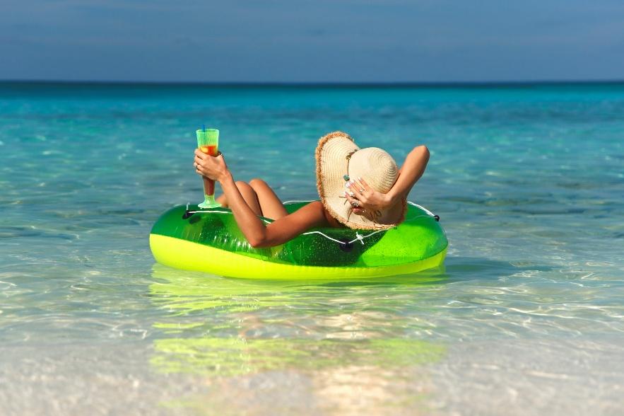 Лайфхаки, которые помогут сделать отпуск максимально бюджетным