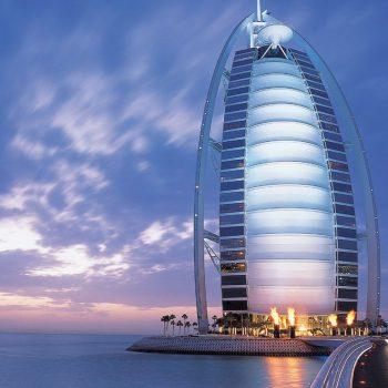 Цены на услуги роуминга между Россией и ОАЭ станут доступнее
