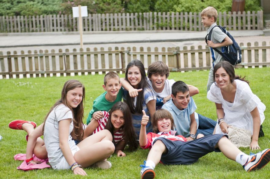 Какую страну выбрать для изучения языка и отдыха своего ребёнка этим летом?