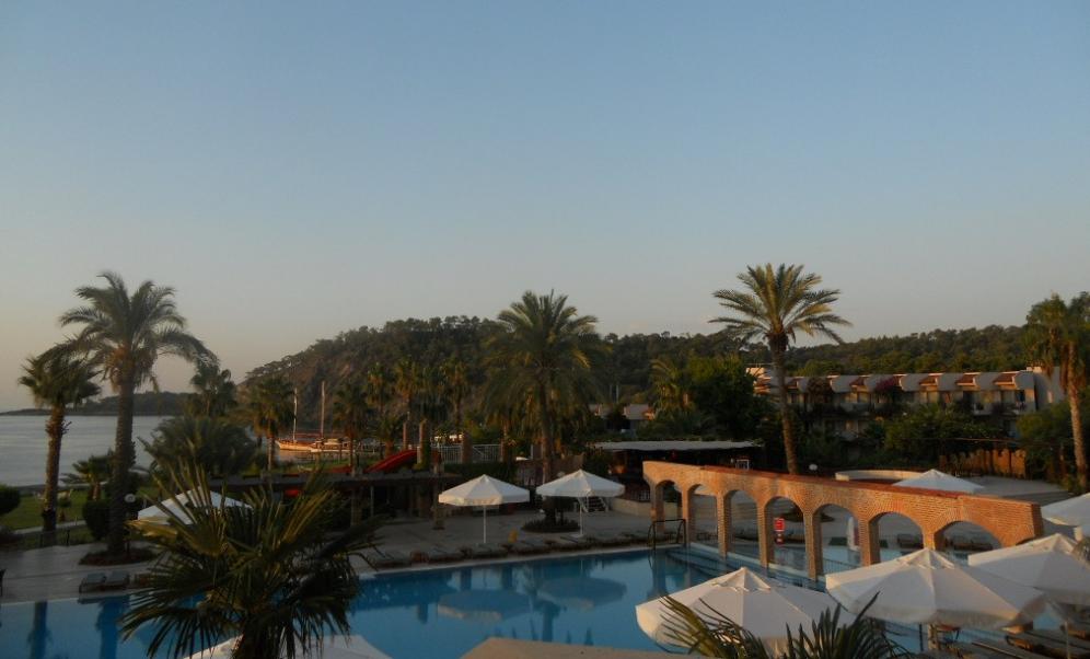 Наш турецкий релакс – как все было и отзыв об отеле Kilikya Resort Camyuva?