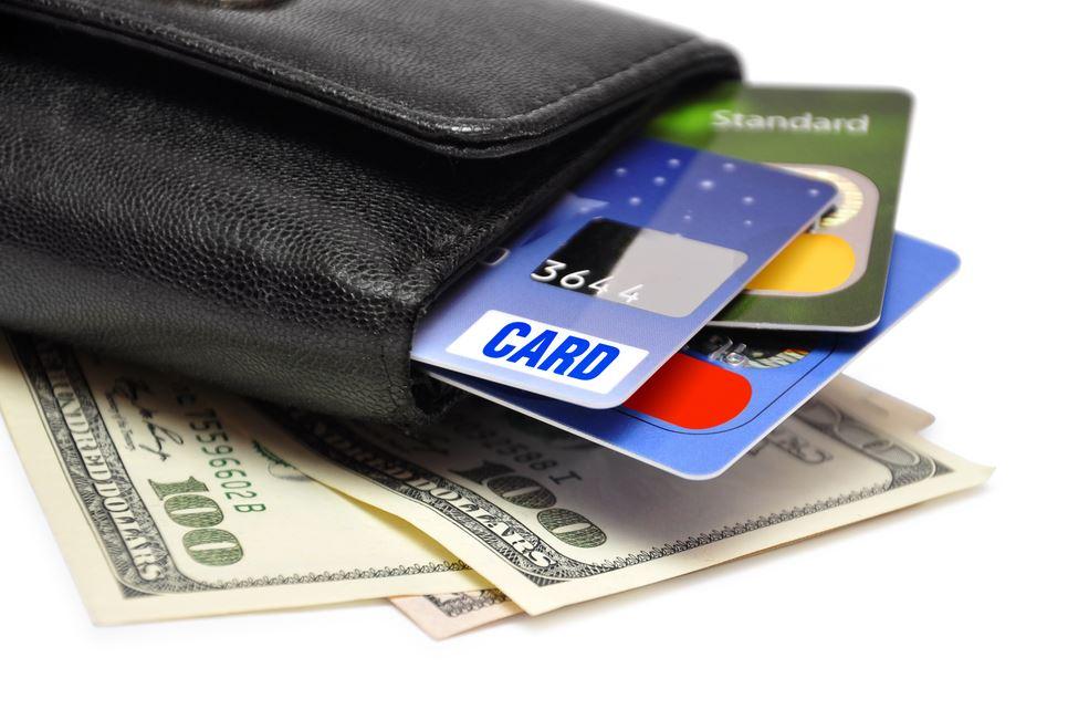 Как быть с деньгами в путешествии: финансовые лайфхаки