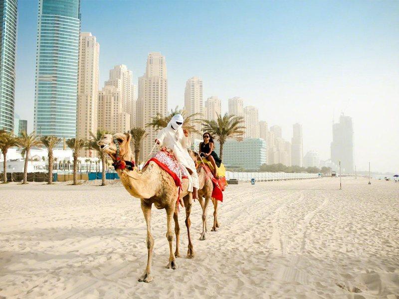 Интернет и звонки в ОАЭ – что подключить туристу?
