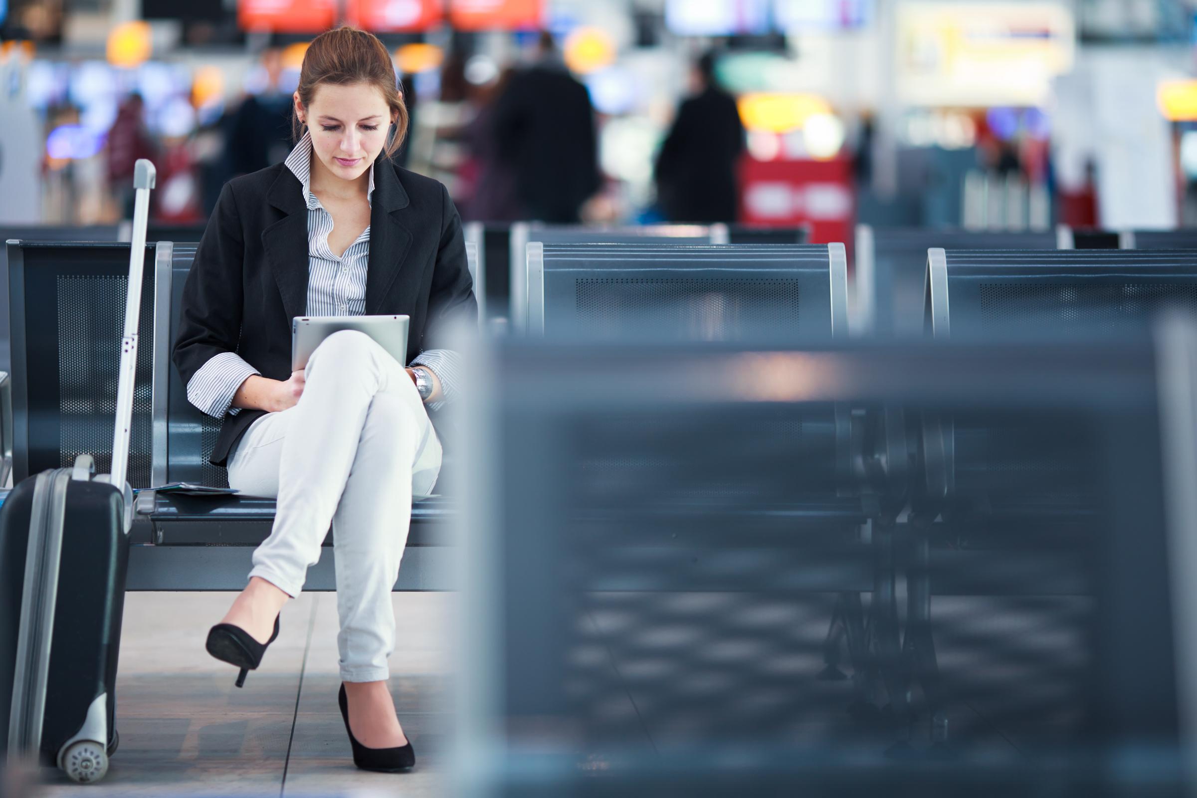 Wi-Fi в аэропорту: чем может быть опасным для пользователя?