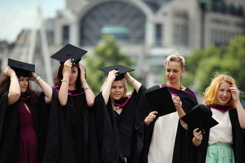 Диплом европейского вуза бесплатно – куда поехать учиться?