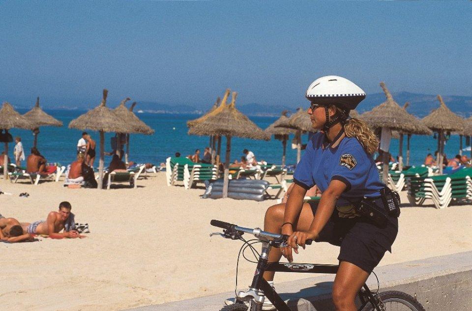 Штрафы по-испански: о чем стоит помнить туристам, отправляющимся на отдых?