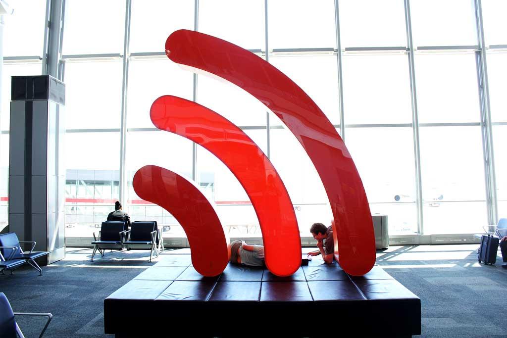 7 причин, почему не стоит использовать бесплатный Wi-Fi в Барселоне