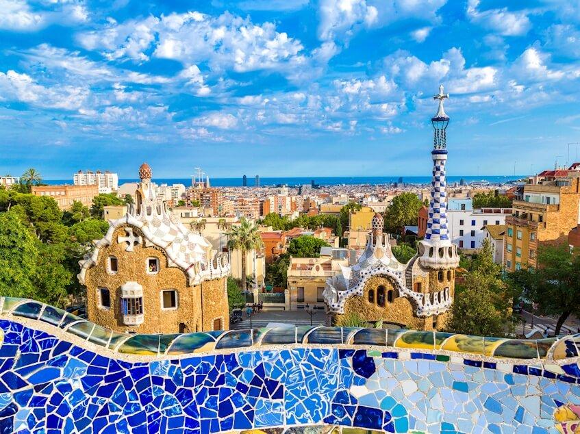 Подключаем выгодный тариф в России для поездки в Барселону