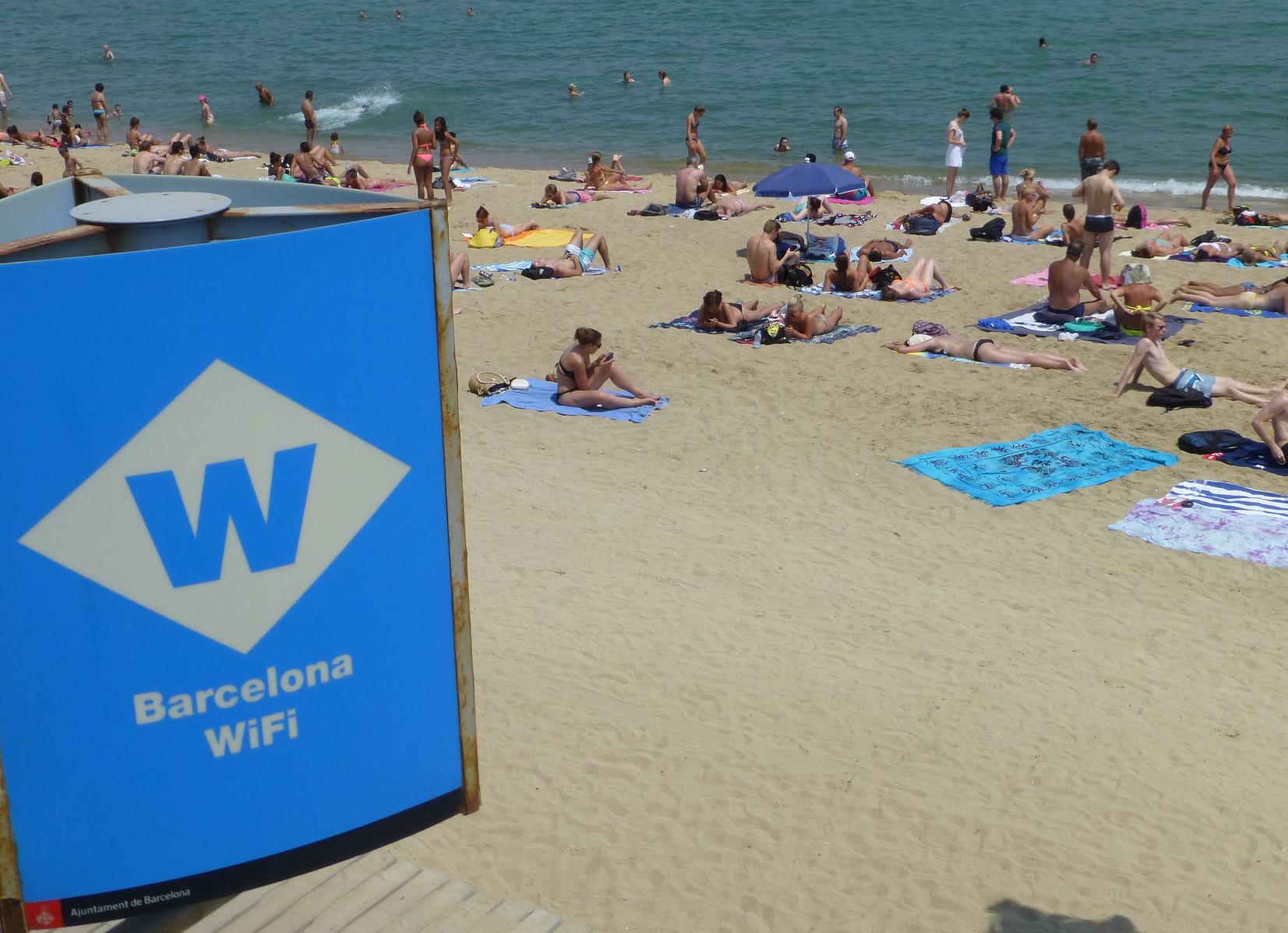 Дешевый мобильный интернет как альтернатива бесплатному Wi-Fi в Барселоне – где подключить в России?