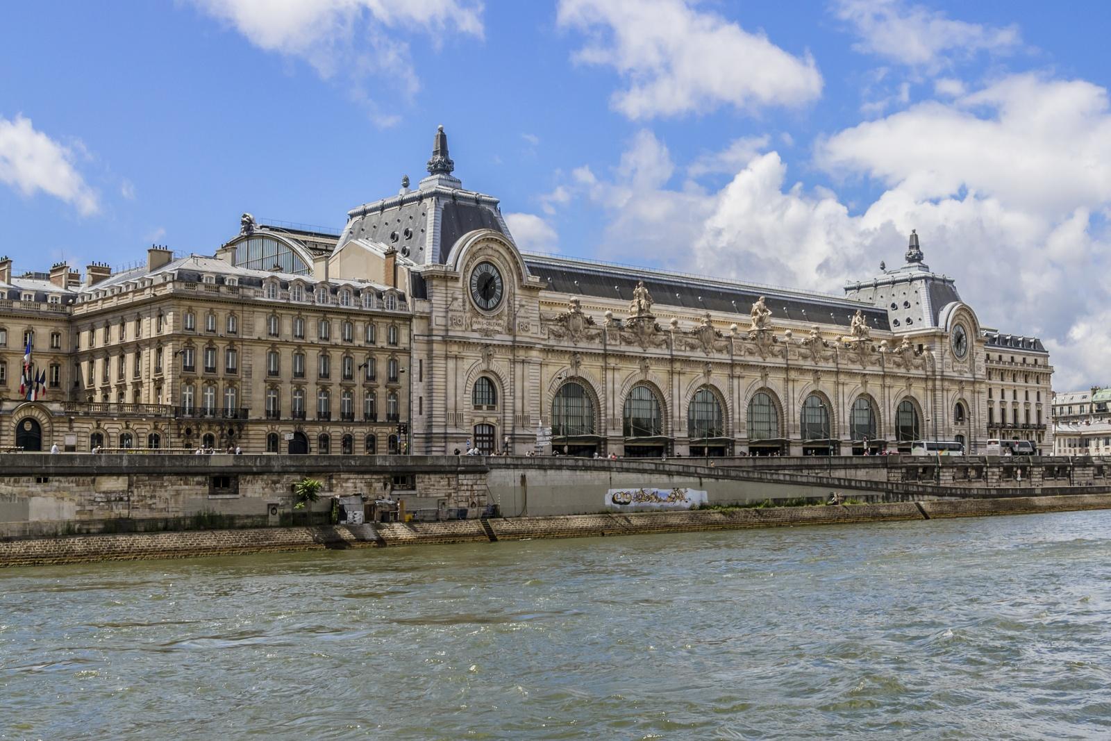Парижский музей Орсе: почему стоит потратить время на эту достопримечательность?