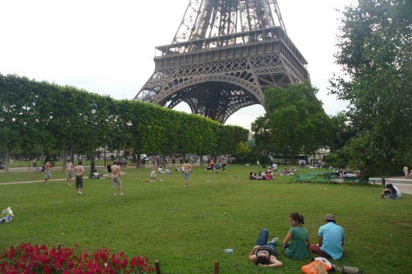 Выходные в Париже с дочкой и отзыв о тарифном плане «Mundo»