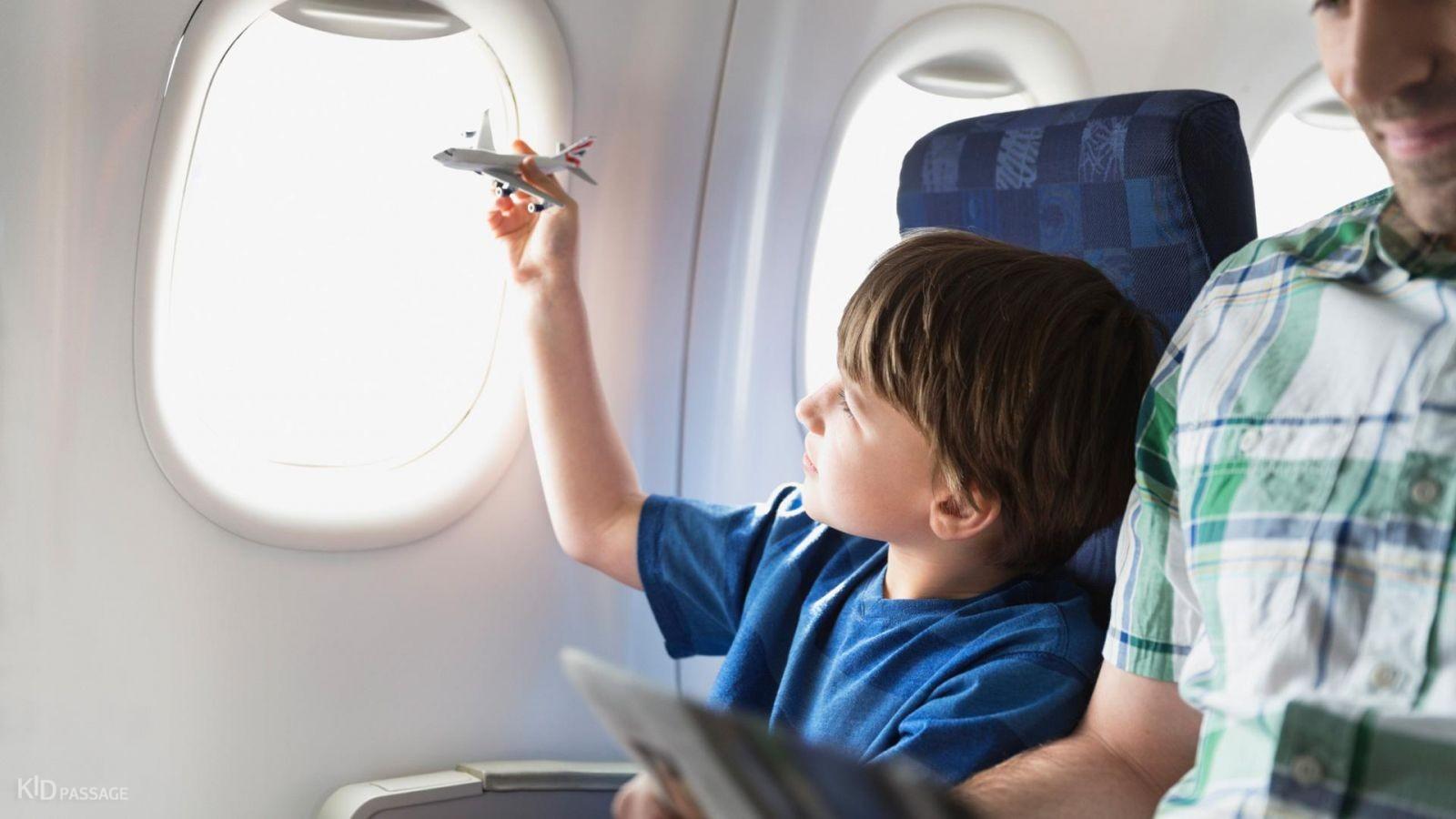 Перелет с ребенком: как подготовиться родителям?