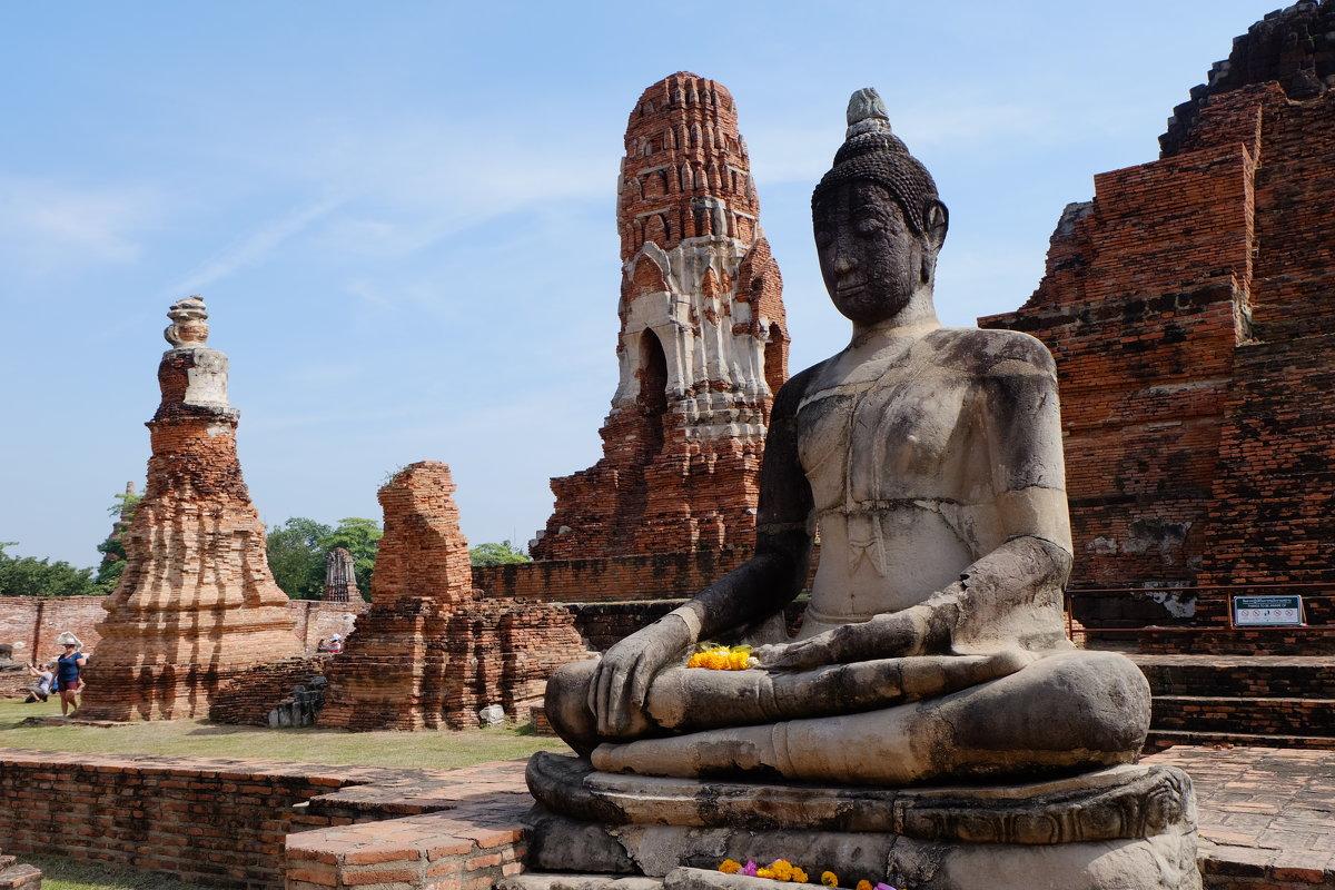 Где в России подключить выгодный тариф на звонки и Интернет для октябрьского отдыха в Таиланде