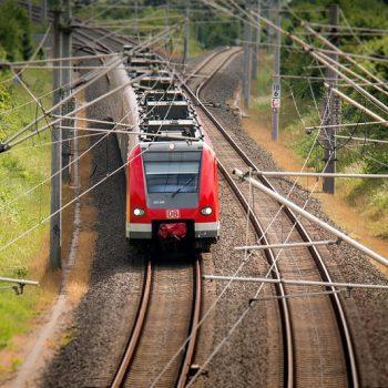 Где проверить расписание международных поездов