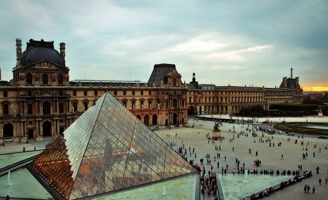 Лувр. Париж, Франция