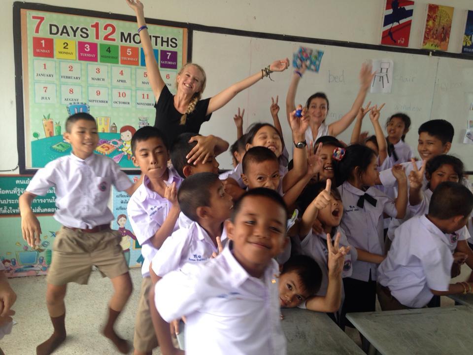 Путешествуй и работай учителем