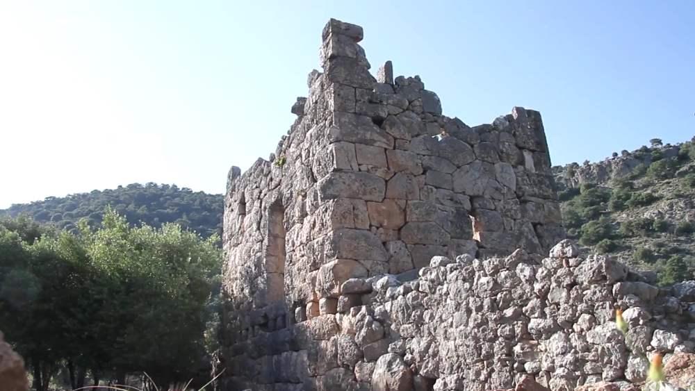 Древняя крепость Гедельме