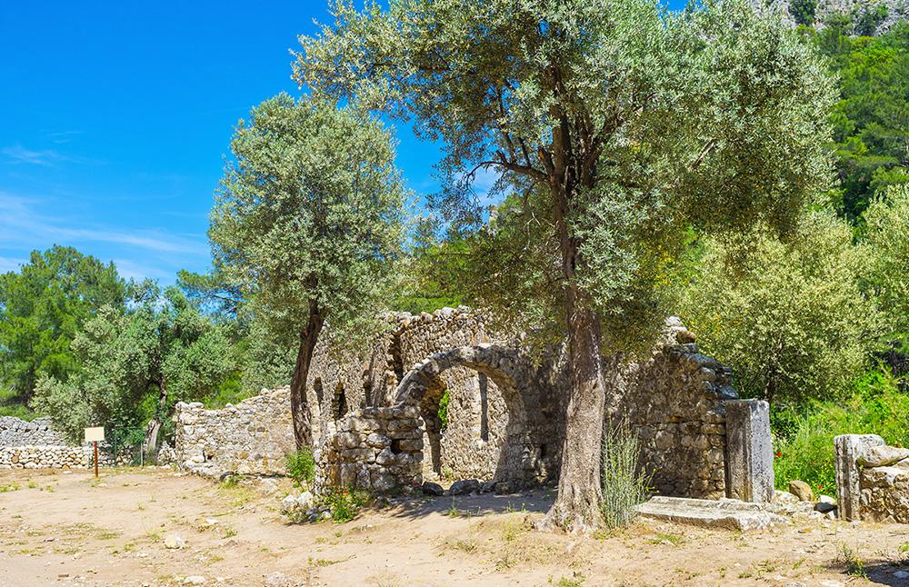 Руины древнего города Олимпос