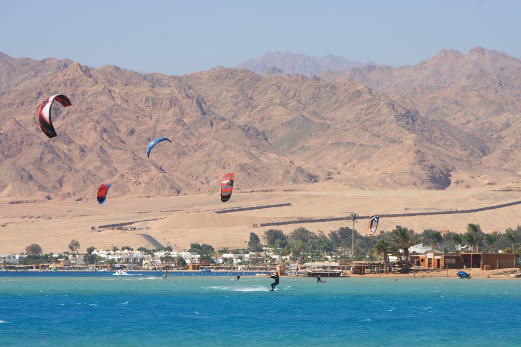 Дахаб – золотой город на севере Синайского полуострова